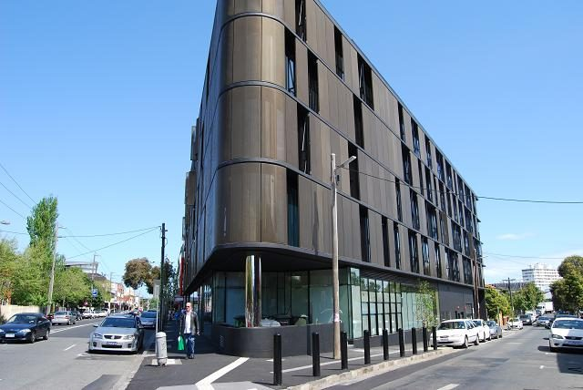 Luna Apartments St Kilda